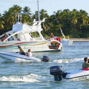 Snuba, Snorkel Et Speedboat
